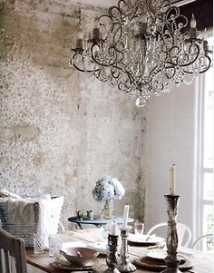 Ageing Timelessly is lifes  best artist.....love the walls..