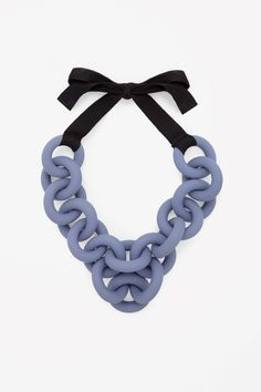 COS   Coloured rings necklace