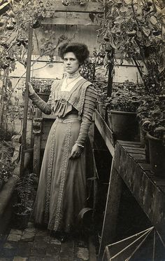 Lovely shot inside a small glasshouse in 1909 by lovedaylemon, via Flickr
