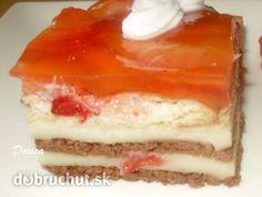 Nepečený jahodový koláč so želatinou