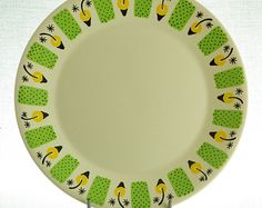 Items similar to Figgjo, Norway, mid century plates, Valencia, design by Ragnar Grimsrud. on Etsy Plates For Sale, Valencia, Mid Century, Tableware, Unique Jewelry, Handmade Gifts, Green, Etsy, Vintage