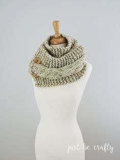 Chunky Relaxed Cable Scarf; Free pattern by Just Be Crafty