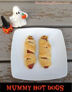 Mummy Hot Dogs are the perfect Halloween party food. They are so easy to prepare and the kids love them!