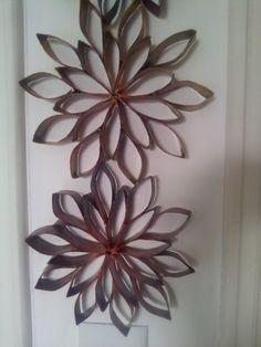 Gigi Perez: Transformando Papel em Arte Tetra Pak, Plastic Spoon Art, Paper Roll Crafts, Carton Box, Diy Box, Candle Sconces, Upcycle, Daisy, Mandala