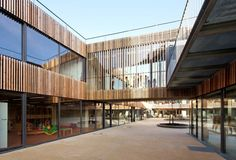 School Center Lucie Aubrac / Dietmar Feichtinger Architectes
