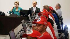 Após confronto, Dilma recebe MST e ganha presentes - Brasil - Notícia - VEJA.com