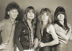 Blizzard Of Ozz with Randy Rhoads. Ozzy Osbourne Black Sabbath, Blizzard Of Ozz, Hair Metal Bands, Zakk Wylde, Dye My Hair, Rock Legends, Paul Mccartney, Rock Music, Heavy Metal