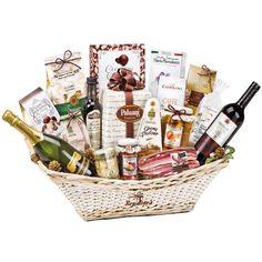 Wirklich reich an hochwertigen italienischen Produkten, die bereit sind, an Feiertagen geschmeckt zu werden,