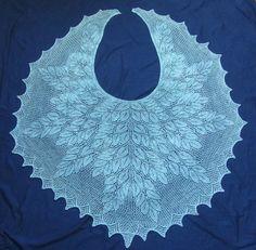 Spring Wood Shawl by Denise Bartels (free Ravelry knitting pattern) Lace Knitting Patterns, Shawl Patterns, Lace Patterns, Knitting Stitches, Free Knitting, Crochet Poncho, Knitted Shawls, Lace Shawls, Ravelry