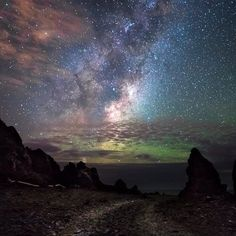 Milky Way rising with a faint aurora on the horizon by Mark Gee (Instagram)