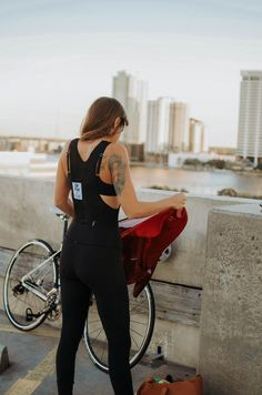 Creative cycling project representing & connecting different cultures around the world. We create apparel with cycling in mind to provide maximum functionality. Jacksonville Florida, Florida Usa, Cycling Outfit, Cycling Clothes, Bicycle Workout, Trek Bikes, Urban Bike, Bicycle Girl, Bike Style