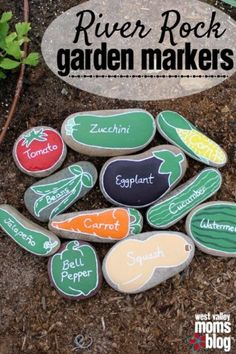 50 Stone and Pebble Crafts To Try - Pebble and Stone Crafts – DIY River Rock Garden Markers – DIY Ideas Using Rocks, Stones and Peb - Diy Garden Projects, Garden Crafts, Garden Art, Garden Design, Rocks Garden, Diy Crafts, Sharpie Crafts, Craft Projects, Budget Crafts