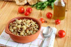 Pasta e lenticchie Pasta Salad, Grains, Rice, Ethnic Recipes, Food, Crab Pasta Salad, Essen, Noodle Salads, Yemek