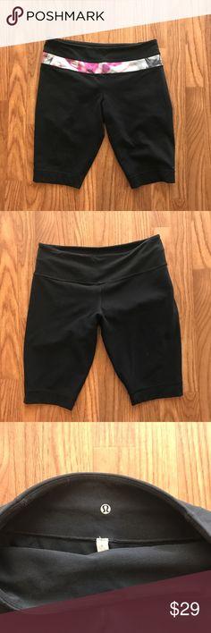 🦄 Lululemon Groove Shorts Unicorn Tears Gently used. Reversible! lululemon athletica Shorts