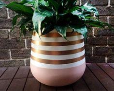 Planta de interior ligero pintado a mano olla color caqui