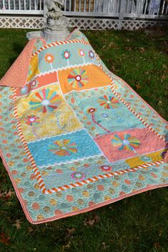 Handmade Applique Quilt  Colorful Dresden by TrueloveQuiltsForYou