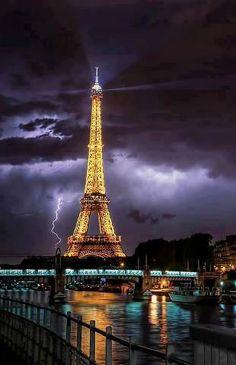 France------- via LuxuryTravelPlaces. Stunning Capture!