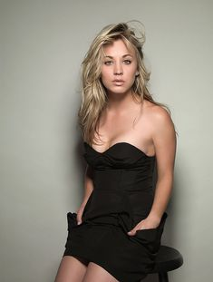 Celebs Discover 15 Reasons Why Hollywood Will Drop Kaley Cuoco After The Big Bang Theory Why isnt Kaley Cuoco A-Lister material? Big Bang Theory, Beautiful Celebrities, Beautiful Actresses, Actrices Blondes, Kaley Cuoco Body, Kaley Cucco, Blonde Actresses, The Duff, Bigbang