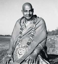 Swami Sivananda (1887-1963) strongly influenced the growth of yoga in America through key disciples, including Swami Satchidananda and Swami Vishnudevananda. He was a physician who left medicine to focus on yoga.