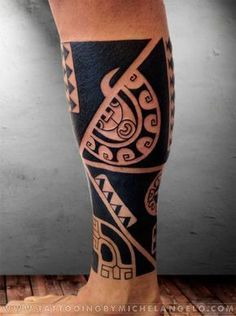 Mezza gamba marchesana stile marchesano blackwork Tattoo by Michelangelo Tribal tattoos Tatuaggi tribali #marquesantattoosblack #marquesantribaltattoos #marquesantattoostatoo