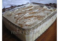 Pave de Ananas e Chocolate Branco - http://www.sobremesasdeportugal.pt/pave-de-ananas-e-chocolate-branco/