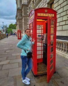 Londyn - to moje małe podróżnicze marzenie z czasów szkolnych. Pamiętam jak zawsze wzdychałam do książki z języka angielskiego za każdym razem, gdy w książce pojawiała się czerwona budka telefoniczna czy autobus piętrowy Landline Phone, Instagram