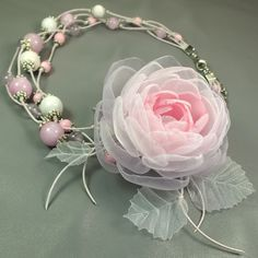 Купить Принцесса Утреннего Сада. Колье и брошь - цветок  для девочки - бледно-розовый, сиреневый