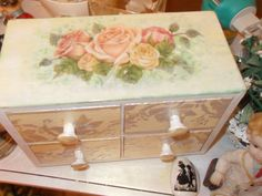 #decoupage of the drawer.