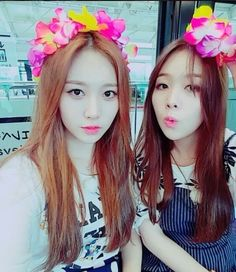 girls day´s Yura and Minah