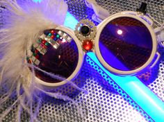 Bling Punk Goggles par YouSayPotato143 sur Etsy, $26,00