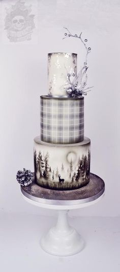 Silver and grey Christmas - Cake by Karen Keaney I LOVE this cake!