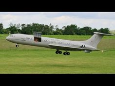 AMAZING SAVE AS HATCH OPENS ON GIANT SCALE RC VICKERS VC-10 JET LINER - ...