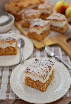 Szarlotka z bezą i kruszonką French Toast, Sweets, Bread, Cooking, Breakfast, Cake, Food, Polish Food Recipes, Kuchen