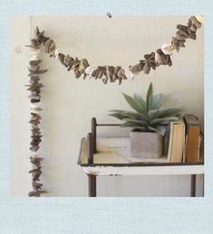 accessories-driftwood-Driftwood Garland With Shell Detail
