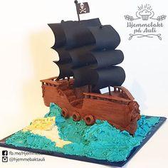 pirate ship cake 3rd Birthday Parties, Birthday Cake, Pirate Ship Cakes, Cake Ideas, Pirates, Halloween, Party, Instagram, Food