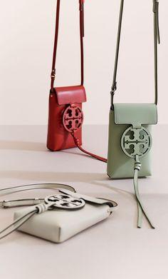 Tory Burch Miller Phone Cross-Body Cheap Purses, Purses For Sale, Cute Purses, Purses And Handbags, Leather Handbags, Popular Purses, Women's Crossbody Purse, Handbag Accessories, Vintage Accessories