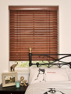 Cherrywood Wooden Blind - available in 50mm, 35mm and 25mm slats, this lovely blind with it's soft red colouring will bring an instant warm feel to your home. #blinds #wooden #venetian