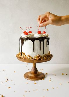 Hot Fudge Sundae Cak