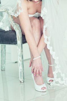 Vintage Seduction Boudoir Shoot   Confetti Daydreams -   Bridal boudoir shoots are the ultimate expression of bridal femininity ♥  ♥  ♥ LIKE US ON FB: www.facebook.com/confettidaydreams  ♥  ♥  ♥ #Vintage #Boudoir #BoudoirShoot #Wedding #Bridal
