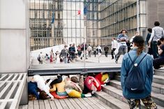 Bodies in Urban Spaces - Human Art Installations by Cie. Willi Dorner