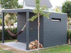 Größe: 3,00 x 3,00 m + 1,50 x 3,00 m, Iroko Holz - sehr hart, ungewöhnlich wetterfest und sehr dekorativ; Beispiel: Farbanstrich Wetterschutzfarbe RAL 7016 Anthrazitgrau Jotun