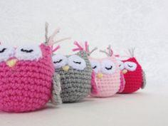 Handmade crochet amigurumi Lola Owl comes in a vast by ittooktwo, €7.00