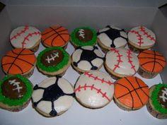 Google Image Result for http://1.bp.blogspot.com/_cWVSTQVnGzM/SIjEl3h7CgI/AAAAAAAAAGg/pfnk9FuCzsA/s400/Sports%2BCupcakes.JPG