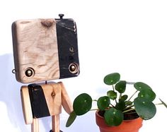 Reclaimed wood - two-sided black and wood robot