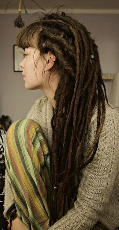 That's how I have my hair with the bangs :: #dreadstop