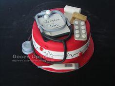 Doces Opções: Bolo de aniversário Enfermeiro