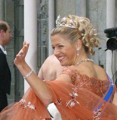 COIFFURE : les boucles du mariage norvégien