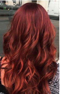 Hair style red cuivre