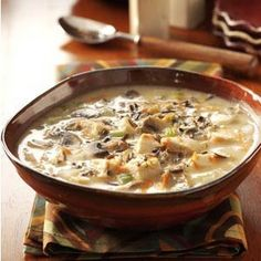 Totally making this!  I'm going to add add'l mushrooms.  YUM Chicken Wild Rice Soup Recipe