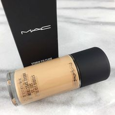 MAC STUDIO FIX FLUID FOUNDATION • Natural Matte Finish with medium to full coverage
